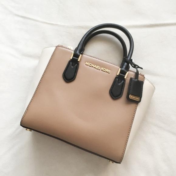 MICHAEL KORS Carolyn Small Handbag BNWT NWT
